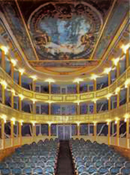 Teatro-Latorre-de-Toro-Zamora