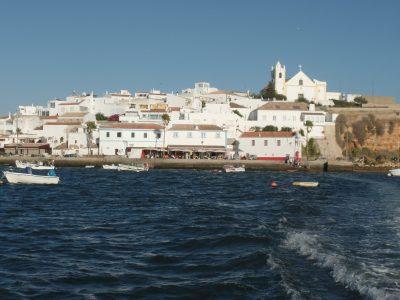 Algarve, tradición frente a masificación