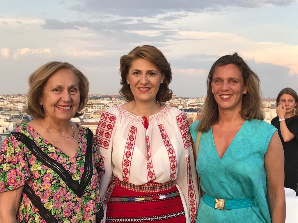 Viva la blusa rumana