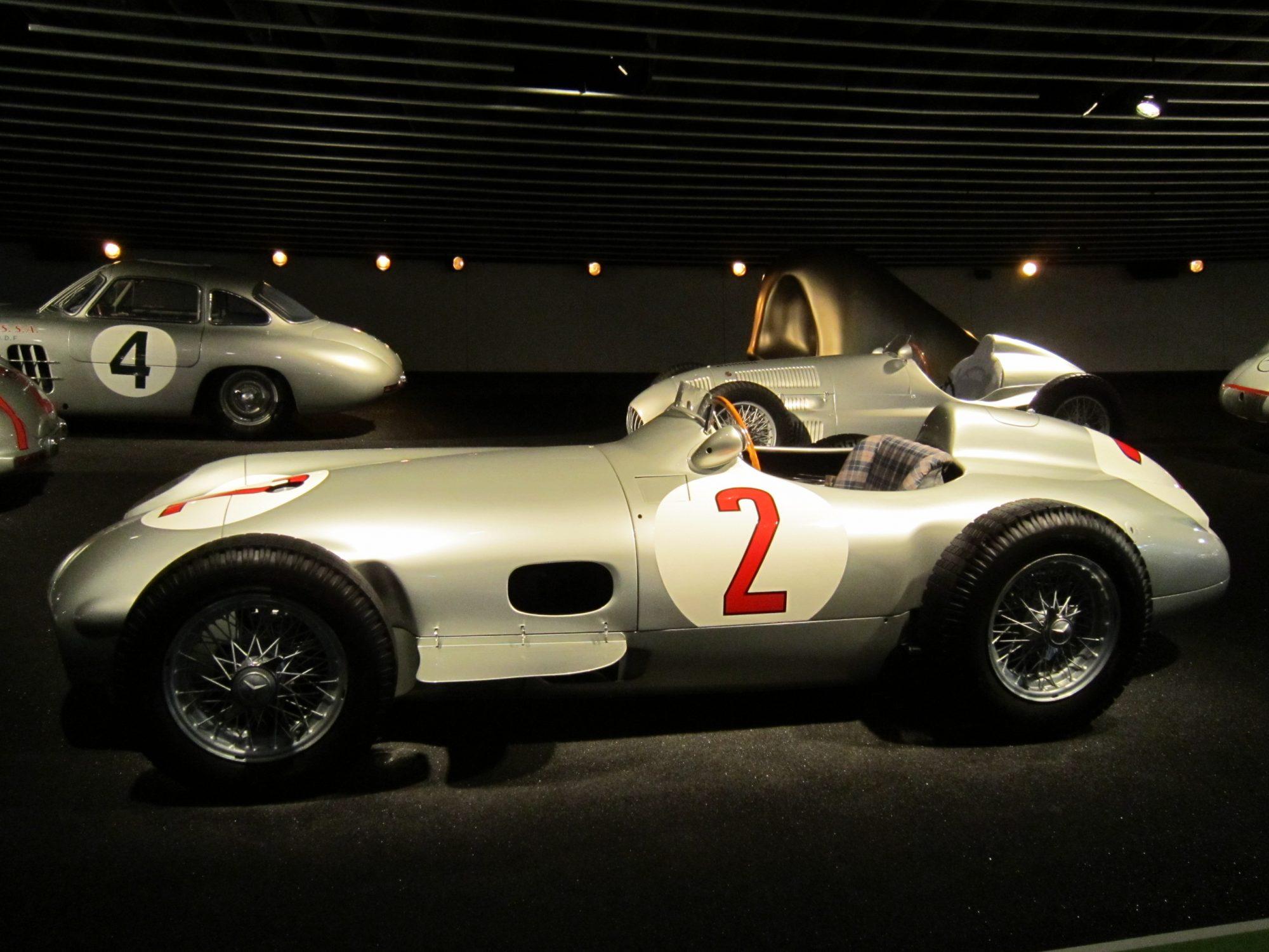 El automóvil de carreras